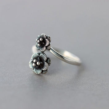 Sterling Silver Flower Ring, flower Blossom Ring,Silver Flower Ring,Adjustable ring,Silver Rings,Flower Jewelry,gift for her