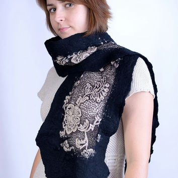 Elegant black nuno felt scarf made of natural wool and thick, beige, shiny lace with flower pattern - nuno felted shawl [S154]
