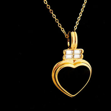 Kenneth J Lane Necklace Black Gold Heart