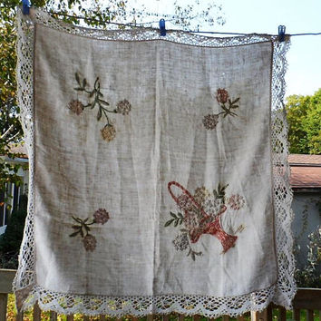Vintage 1950s Crewel Embroidered Cotton Linen Table Cloth/Vintage Table Cloth/Ecru Colored Cotton Linen Table Cloth/Square Tablecloth