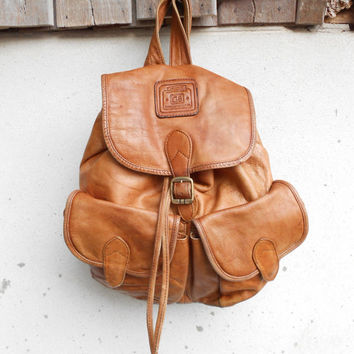 Vintage Tan Distressed Leather Backpack , Rucksack / Medium / Handcrafted Leather / Soft Leather / Unisex