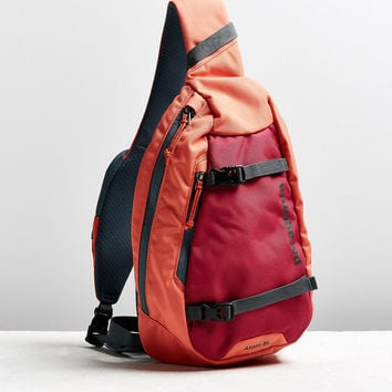 Patagonia Atom Sling Bag | Urban Outfitters