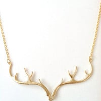 N11268 - Gold antler necklace