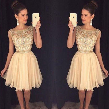 2016 Champagne Sparkly Short Prom Cocktail Dresses Cute Beaded A-line Knee Length Bling Cocktail Party Dresses Robe De Cocktail