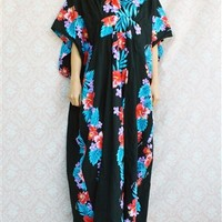 Vintage Hawaiian Kaftan Maxi Dress