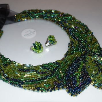 Green statement set consists of collar type necklace and earings