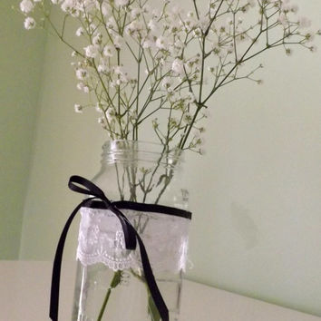 5 Mason Jar and Lace Table Decorations for Vases or Candle Holders for Weddings, Birthday Parties, or Garden Parties