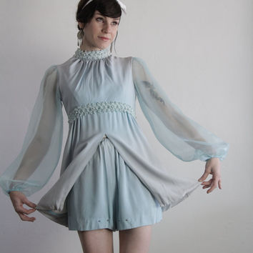 Vintage 60s 2 Pc . Shorts Top . Two Piece Costume . 1960s Ice Skating Outfit