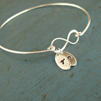 Infinity Bracelet Initial Bangle Personalized jewelry Gift Mommy Jewelry Lovers Bracelet Mothers Jewelry Mother of the Bride Gift