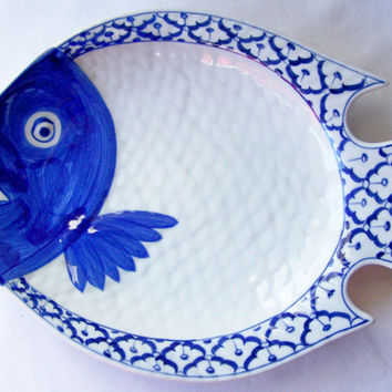 "CERAMIC Fish Shaped PLATE Flounder Hand Painted Asian Blue White Platter Serving Dish Imported Home Decor 11.75""x9""x1.6"" New  Ships from USA"