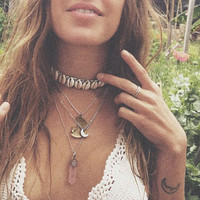Fashion Natural Shell Grey Velvet Ribbon Choker Necklace Rope Collar Chain Necklace Boho Torques Beach Wedding Jewelry