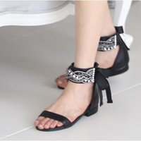 Davichi Ribbon Sandals