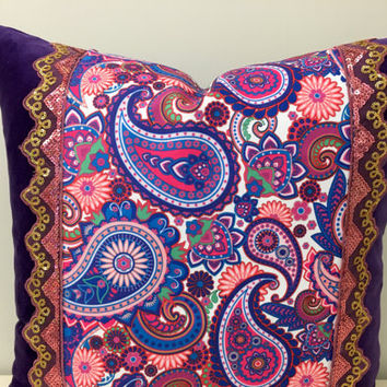 Purple Velvet Pillow Cover,Velvet Pillow,Paisley Pillow,Decorative Pillow,Boho Pillows,Throw Pillow,Lilac Velvet Couch Cushion Case Covers