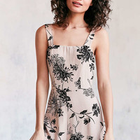Casual Dresses for Women | Urban Outfitters