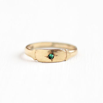 Sale - Vintage Art Deco 10k Yellow Gold Simulated Emerald Ring - Size 1 1/4 1920s 1930s Green Glass Fine Children's Baby Midi Small Jewelry