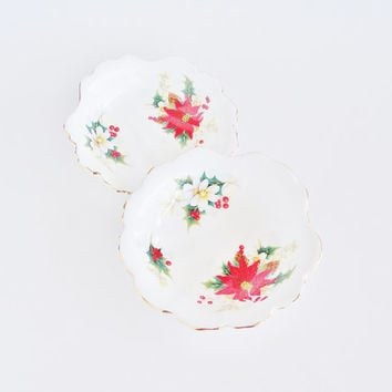 ROYAL ALBERT Poinsettia Shell Shaped Plate Bowl