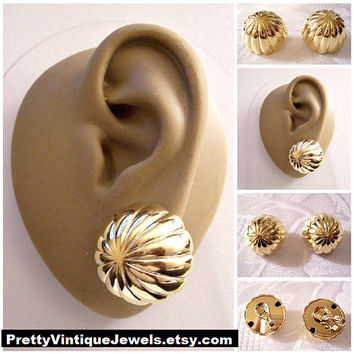 Monet Domed Button Clip On Earrings Gold Tone Vintage Ribbed Columns