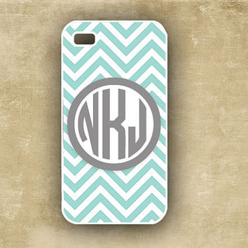 Chevron Iphone 4 case  -  personalized Iphone 4 case - Tiffany blue and white chevron  -  case Iphone 5 4, Iphone4 cover (9846)