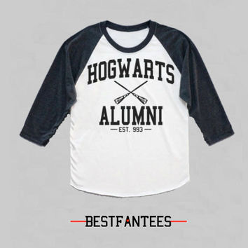 HARRY POTTER Hogwarts Quidditch Alumni Raglan Long Sleeve Shirt Unisex
