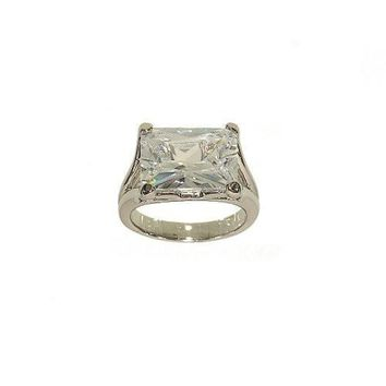 Large Emerald Cut Horizontially Set Single Stone Fashion Ring in Clear Cubic Zirconia