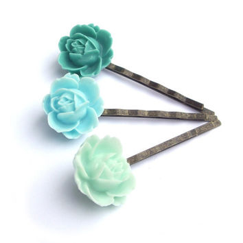 Hair pins Flower teal green mint turquoise resin by JPwithLove