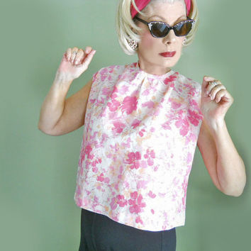 Plus Size Vintage 60s Blouse - 1960s Sleeveless Top with Pink Floral