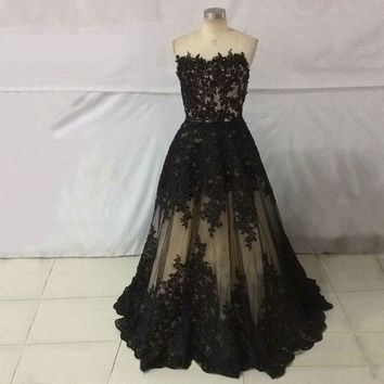 Black Strapless Sleeveless Ball Gown Appliques Long Floor Length Tulle Evening Dress Party Dress
