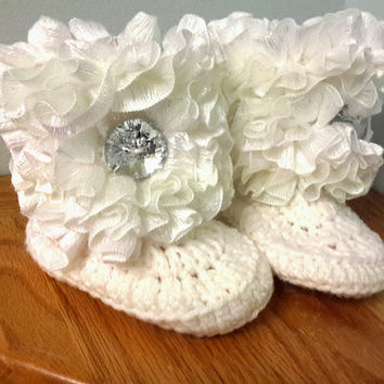 Baby GLAM Ruffle Booties w/ White Sparkle and Big Bling Button Size 0-12 Months Choose COLOR First Birthday Photo Shoot Easter Photo Prop