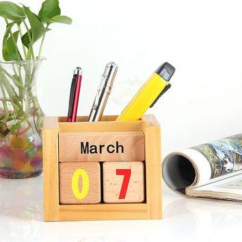Wooden Calendar Pen Holder
