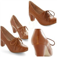 ModCloth vintage Look- Right Here heel In Brown