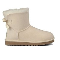 UGG Australia Women's Mini Bailey Bow Black Sheepskin Boot 7 M US