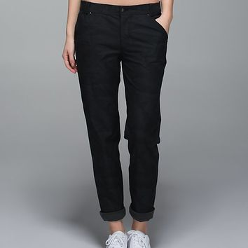day trip boyfriend pant | women's pants | lululemon athletica