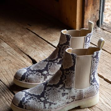 Micro Snake Chelsea Boot, Natural | Band of Gypsies