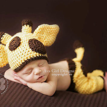 Crochet newborn baby giraffe hat and pants pattern