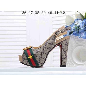 22e288f08b8 Gucci Classic Popular Women Princess Small Bee Embroidery High H