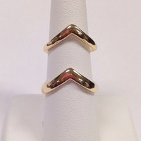 NWOT Gold double arrow ring