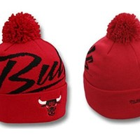 Mitchell and Ness Chicago Bulls Knit Beanie(red)
