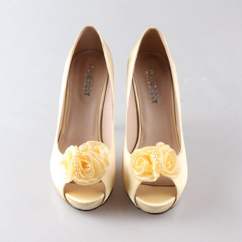 Soft yellow canary silk shoes with flower clip peep toe open toe wedding shoes , party shoes , prom shoes pumps