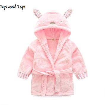 New winter The little mouse children's bathrobe nightgown baby boys clothes long sleeve baby hooded bath towel