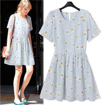 Light Blue Floral Print Short-Sleeve Dress