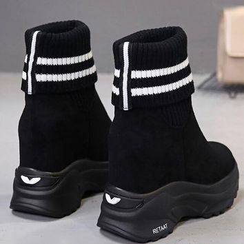 New Black Round Toe Fashion Ankle Boots