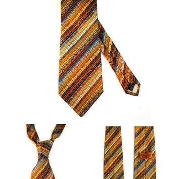 Missoni Necktie , Vintage Authentic Missoni Mens Necktie .