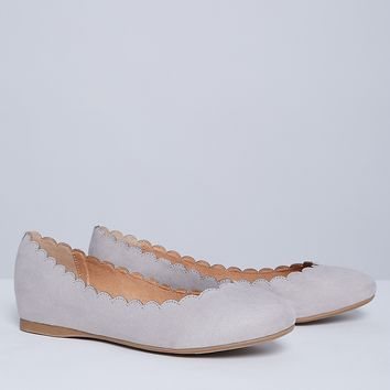 Scalloped Round-Toe Flat | Lane Bryant