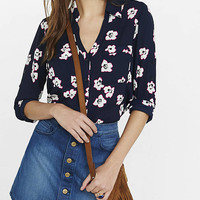 Slim Fit Outlined Flower Print Portofino Shirt from EXPRESS