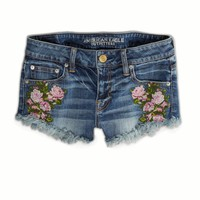 AEO Women's Needlepoint Floral Denim Shortie (Medium Wash)