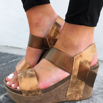 Need A Little Lift Wedges: Bronze