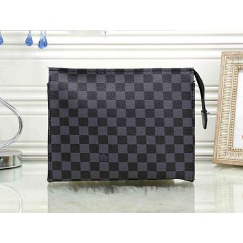 LV tide brand men and women large-capacity cosmetic bag simple fashion ladies storage bag Black check