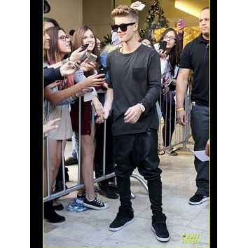 New justin bieber same style Men's tide fashion Leather harem pants Squirrel pants Cross trousers singer stage costumes