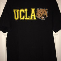 Sale!! Vintage UCLA BRUINS Casual football T shirt University of California Los Angeles NCAA tee