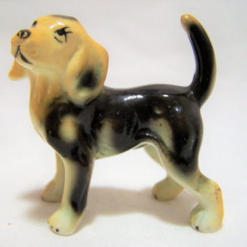 Bone China Beagle Figurine, Hand Painted Dog, Miniature Hand Painted Animal, Made in Japan, Vintage Figurine, Dog Lover 317